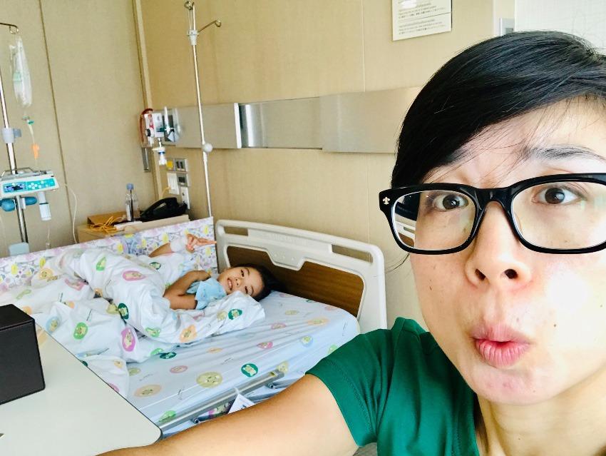 長女入院 in Thailand